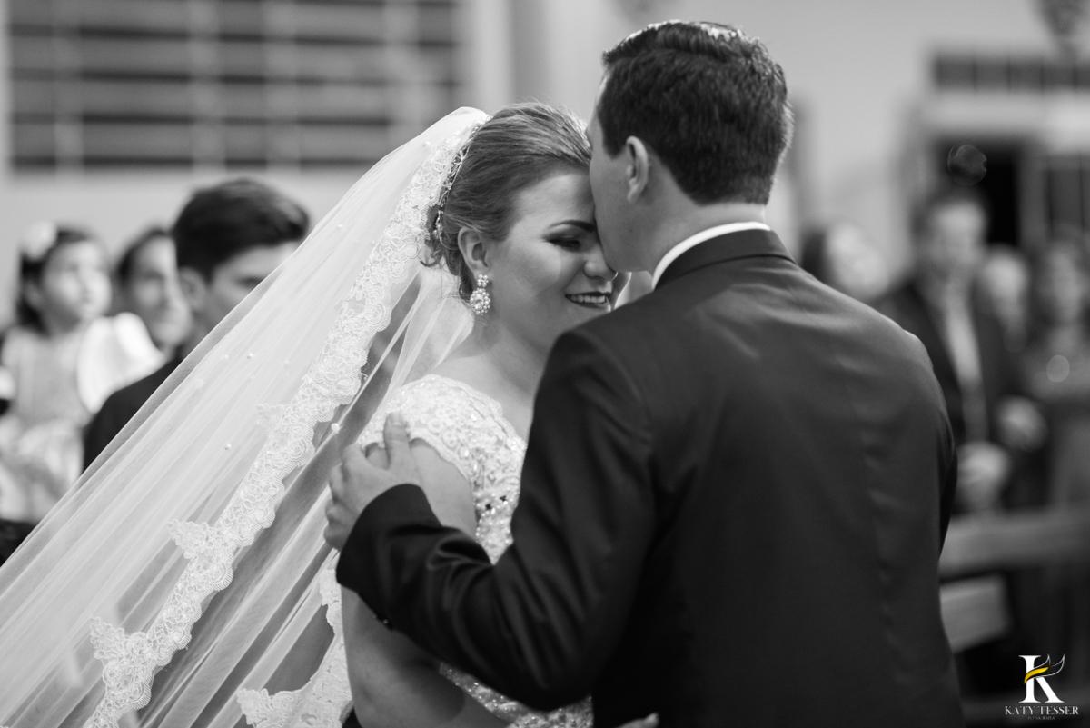 casamento, entrada da noiva, vestido de noiva, igreja, decoração de casamento, pai da noiva, bouquet de noiva, katy tesser, fotografo de casamento, noivo