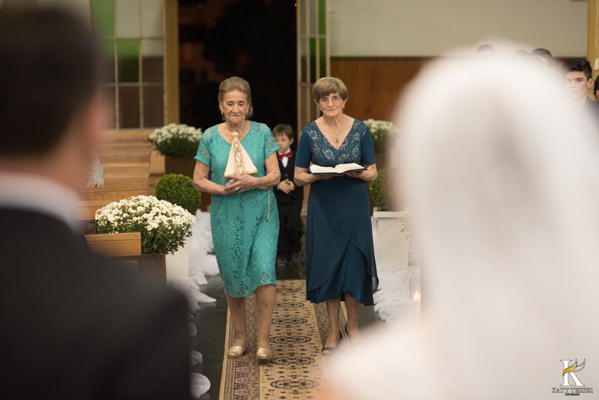 casamento, entrada da noiva, vestido de noiva, igreja, decoração de casamento, pai da noiva, bouquet de noiva, katy tesser, fotografo de casamento, noivo, aliança de casamento, katy tesser, fotografo