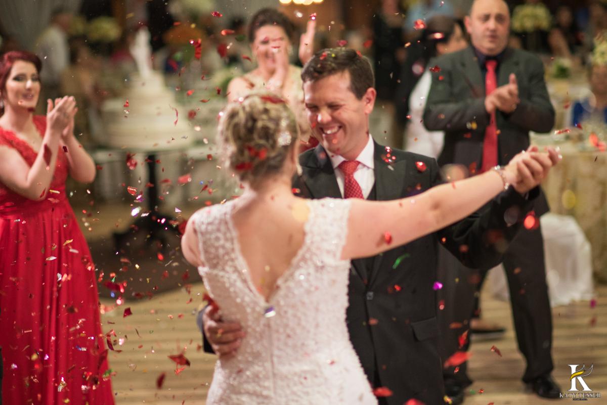 valsa dos noivos, casamento, katy tesser, fotografo de casamento, noivo, noiva, vestido de noiva