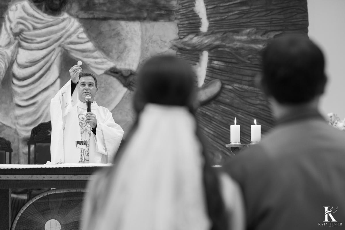 noivo, noiva, casamento, aliança, vestido de noiva, bouquet, traje do noivo, sapato do noivo, decoração de casamento, katy tesser, fotografo, parana