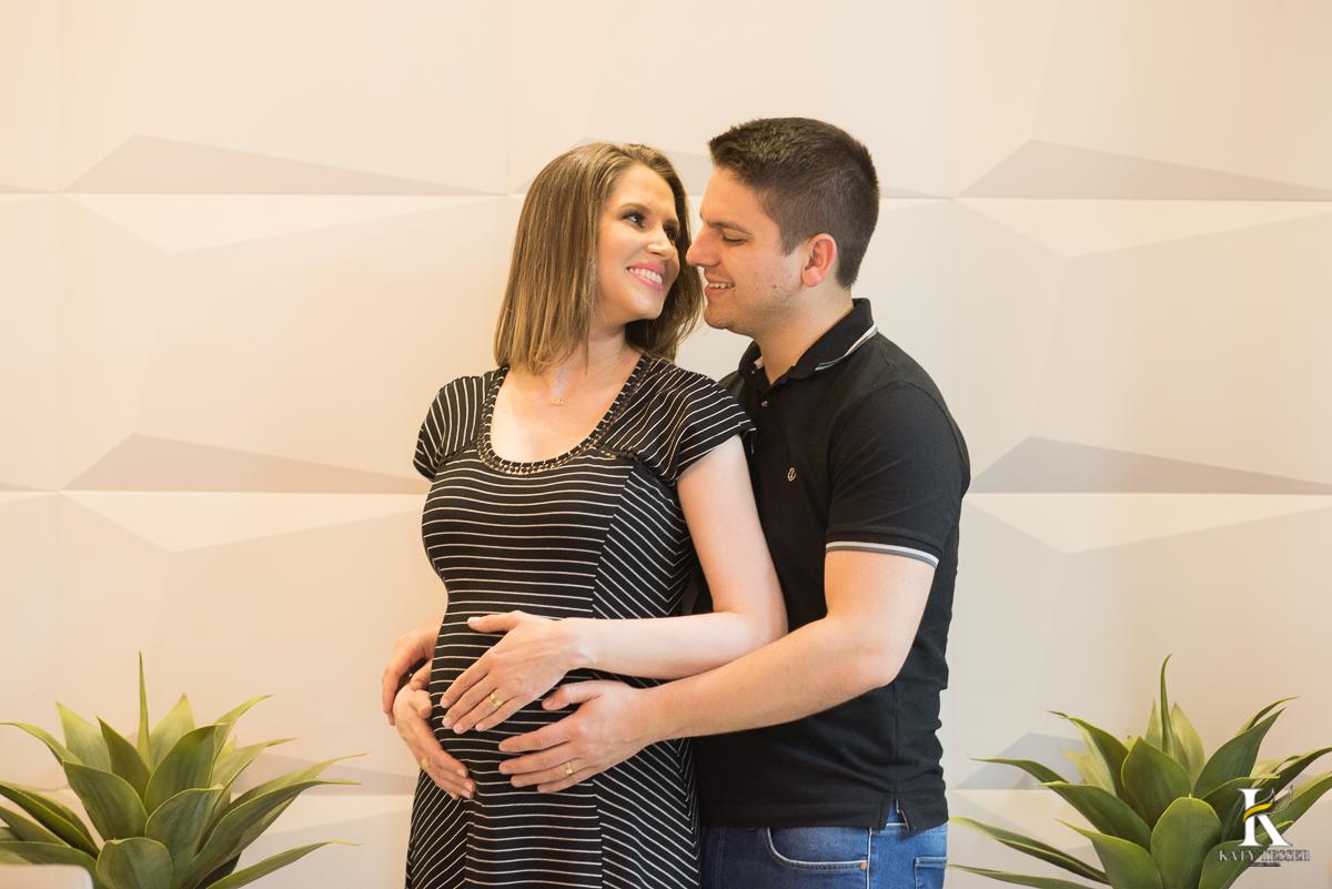 gestante,gravida,nenem,bebe, roupa de bebe, mãe, pai, filha, filho,barriga, sessão de fotos, fotos criativas, katy tesser, fotografo