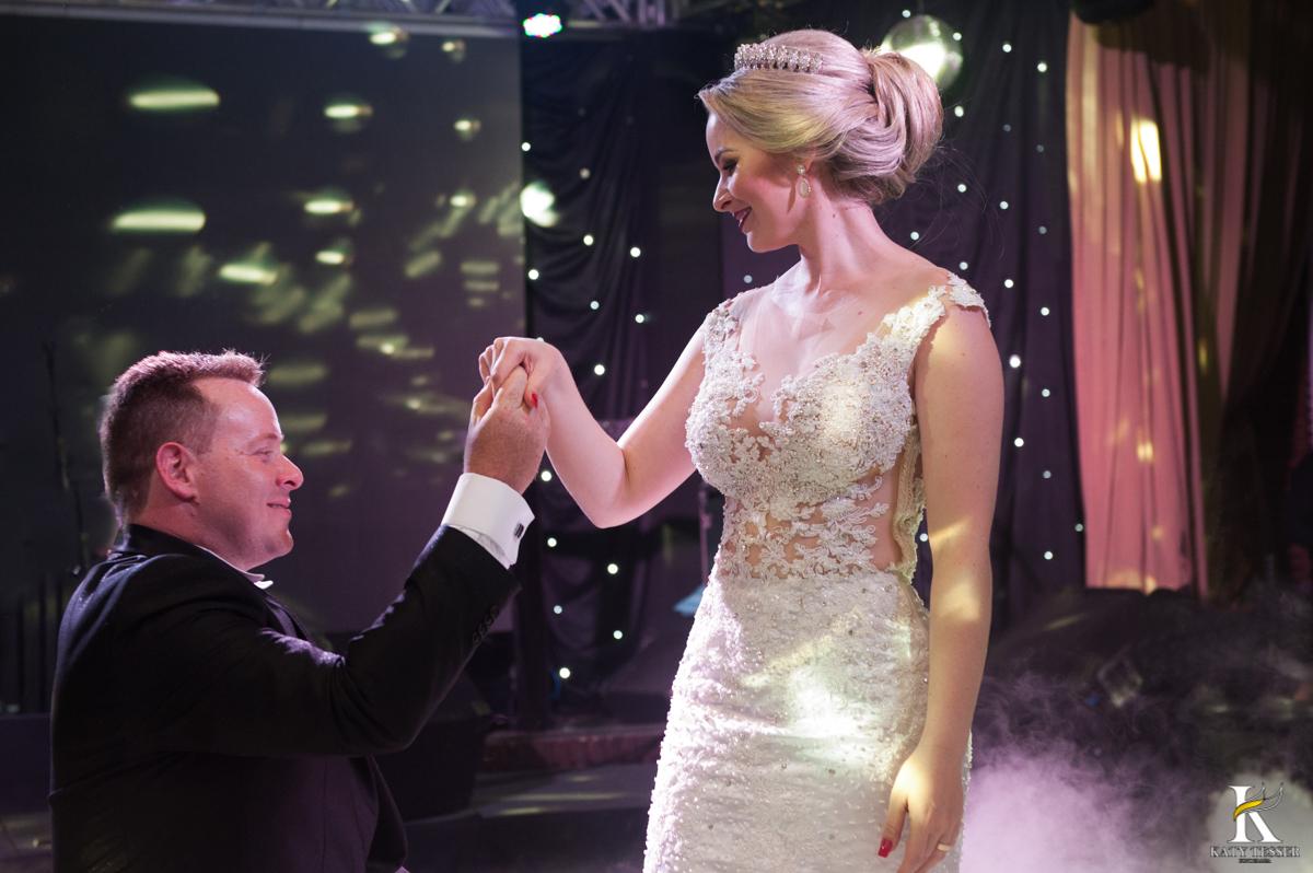 Katy Tesser, fotografo, casamento, recepção, noivo, noiva, vestido de noiva, traje do noivo, decoração de casamento, banda, buffet de casamento, valsa