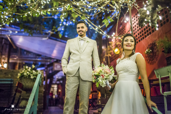 Casamentos de Caroline + Vinicius / Espaço Quintal