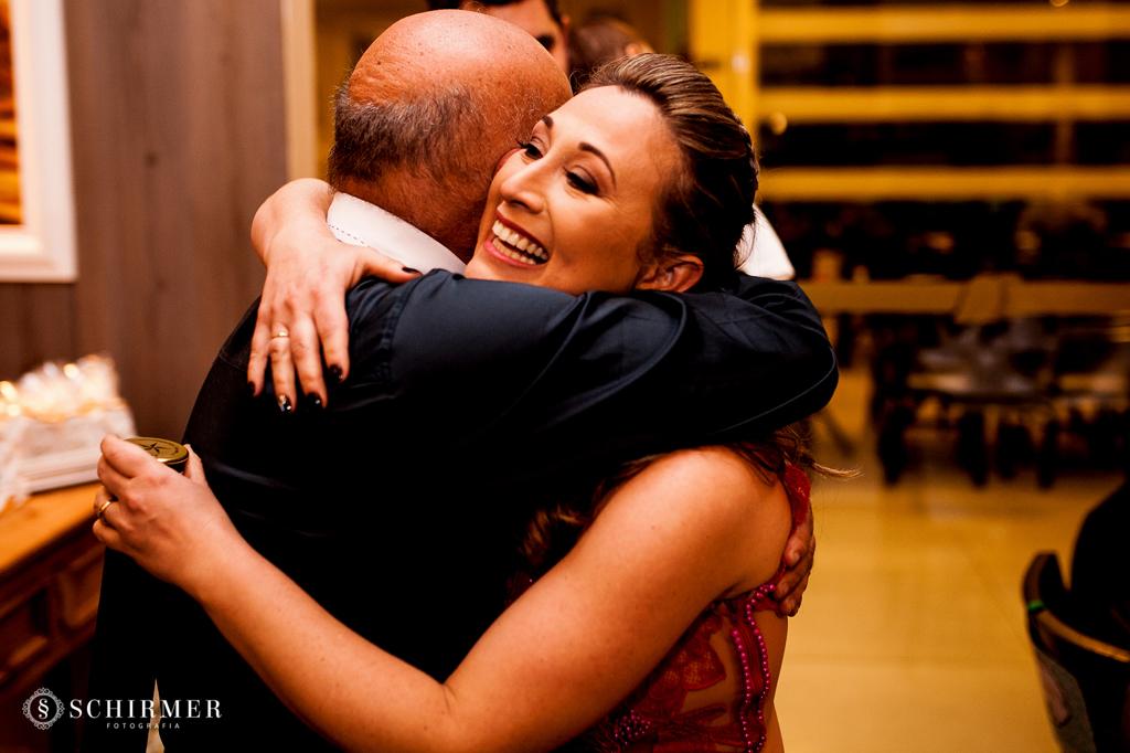 abraço na formanda