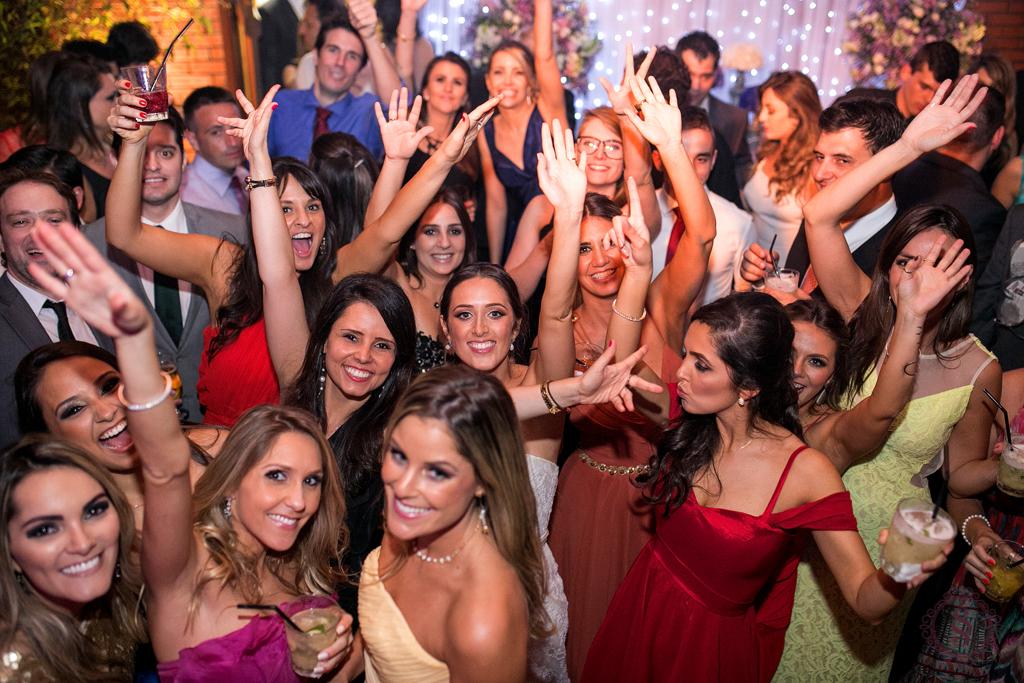 antoni e carmen na festa do casamento em porto alegre rs