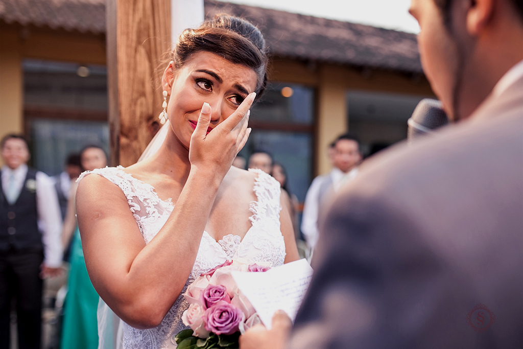 emoção na hora do sim casamento carol e jonatas