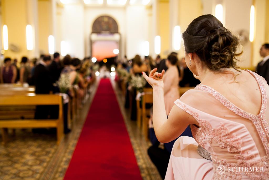 casamento porto alegre noiva andressa e jõao igreja santo antonio entrada