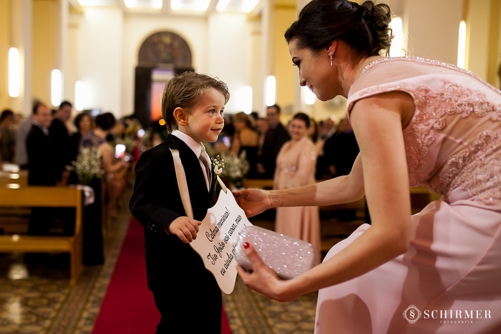 casamento porto alegre noiva andressa e jõao igreja santo antonio pajem criança menino