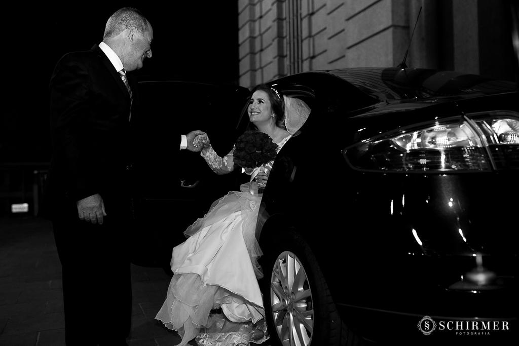 casamento porto alegre noiva andressa e jõao igreja santo antonio pai da noiva carro