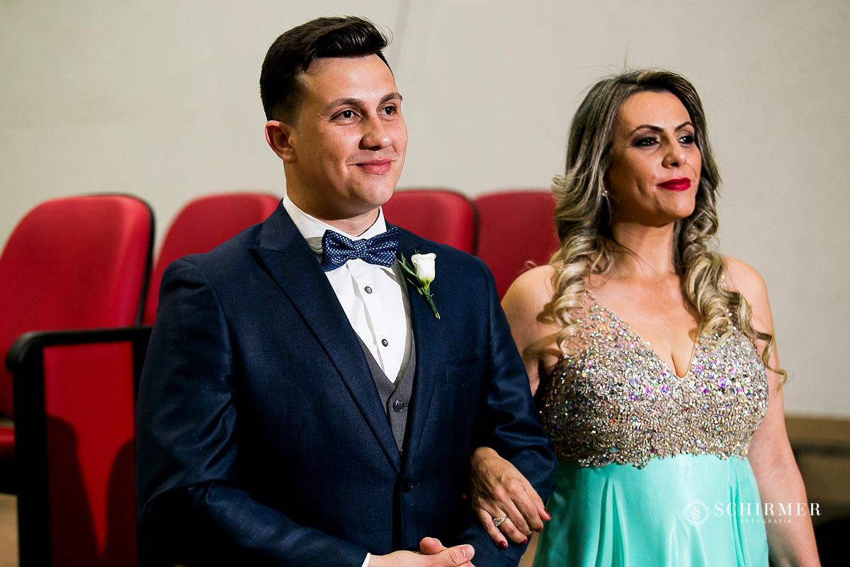entrada do noivo - schirmer fotografia casamento maycon e jana