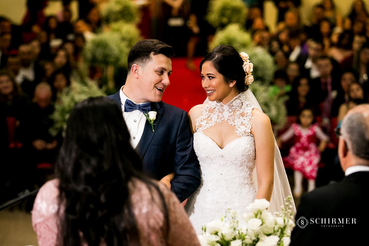 sorriso dos noivos