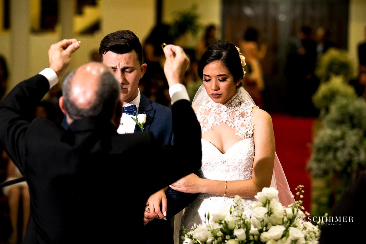 benção das alianças - schirmer fotografia - porto alegre - fotografo de casamento maycon e jana