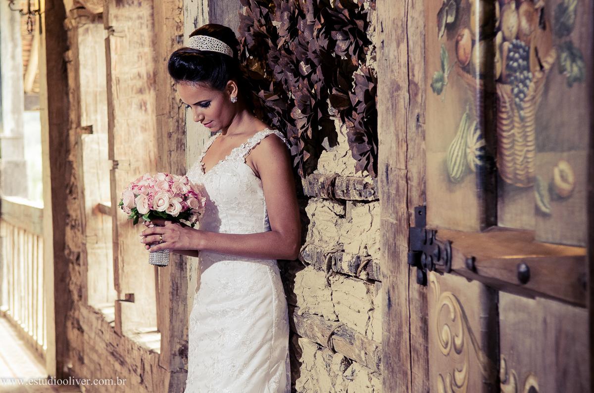 pos wedding, wedding, pos casamento, fotos depois casamento, fotos de ensaio pos casamento, fotos de casamento no Solar do engenho, casamento em  serra do cipo , fotos românticas,  fotos despojadas, fotos de casal na no leite ao pe da vaca, fotos de