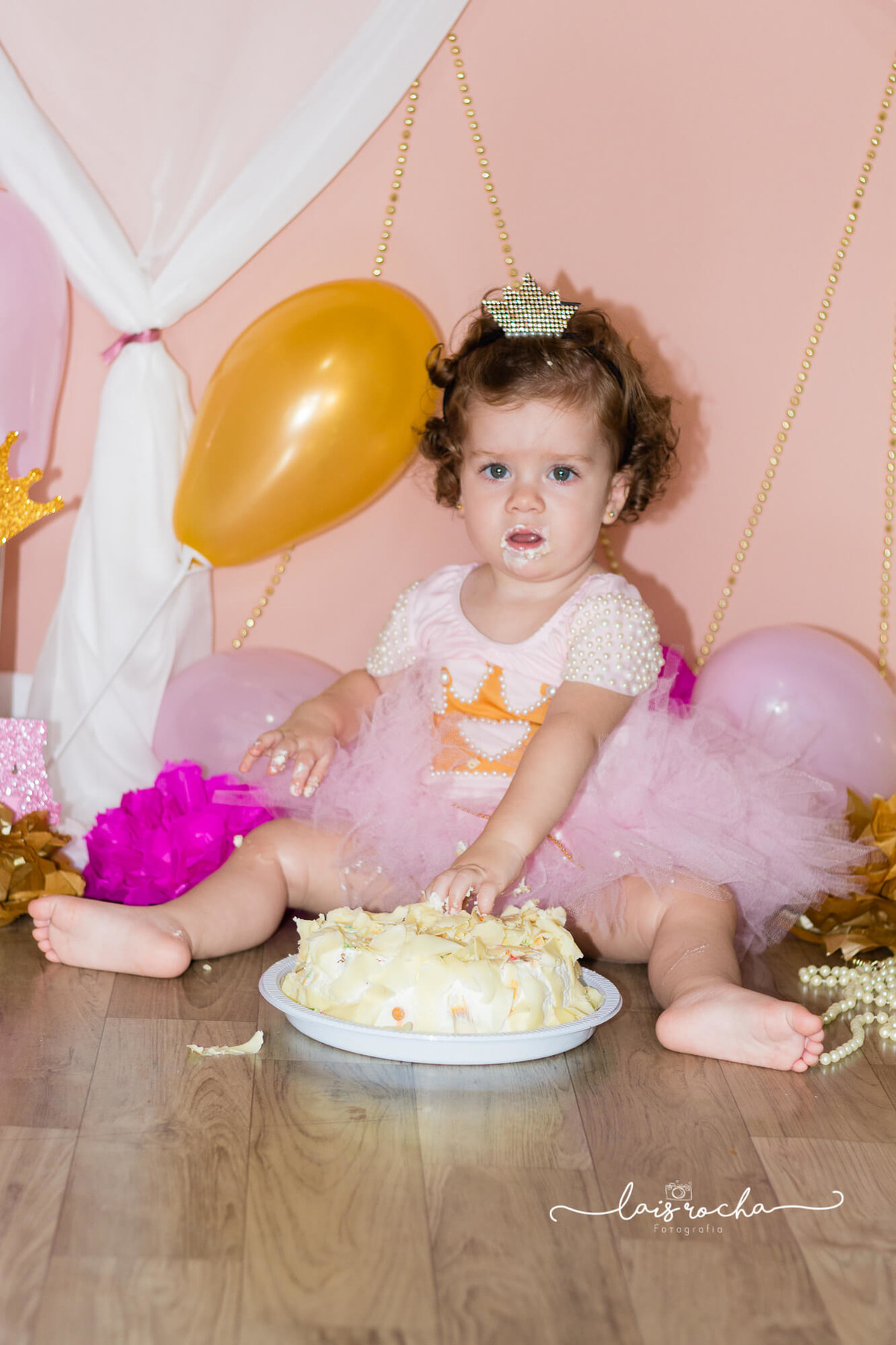 Isa fez 1 - cake smash - smash the cake - lais rocha fotografia - lais - acompanhamento - fotografia infantil - rosa e dourado -- mogi guaçu
