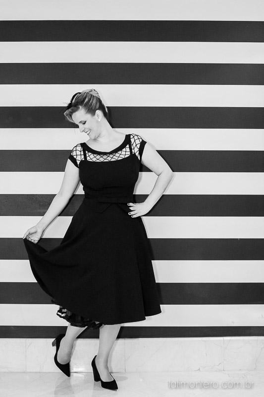 ensaio feminino, mulher dançando feliz, fotografa ensaio feminino sp