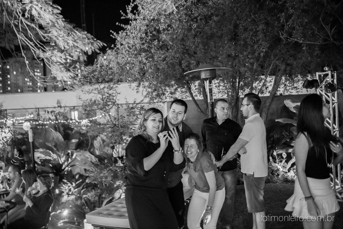 cha bar roberta e kito, cha bar, roberta, kito, preparacao casamento, pre casamento, decoracao cha bar, recepcao, recepcao em casa, recepcao noivos, recepcao amigos, reuniao amigos, noivos, noiva, noivo, ensaio noivos, pre wedding, foto cha bar, fotografi