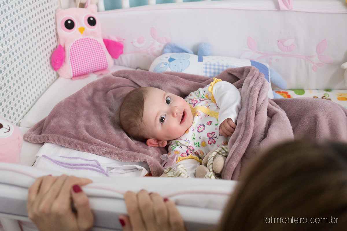 ensaio de familia lifestyle, ensaio de familia em casa, fotos de familia, fotografa de familia sp, fotografo de familia sp, fotografa de bebe sp, bebe acordando