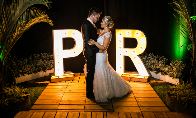 Capa do álbum do Casamentos de Paola Forlin e Robson fotografados por Eduardo Perazzoli