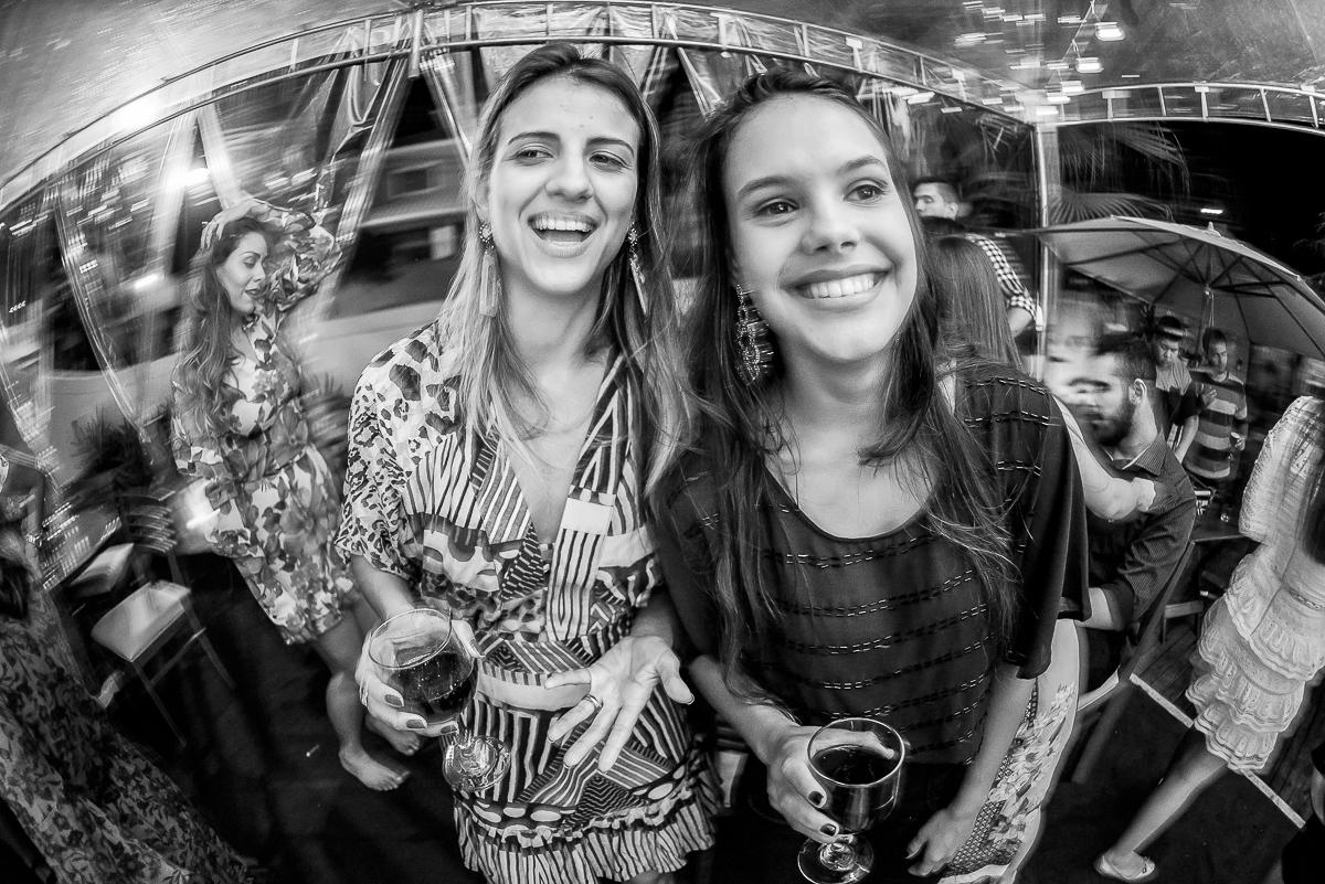 Foto de Larissa e Guilherme