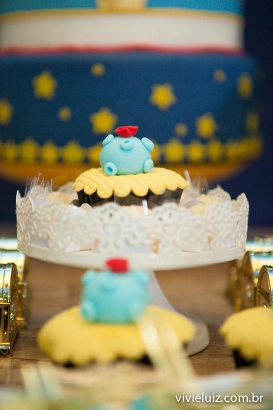 vista dos cupê cakes do pequeno príncipe