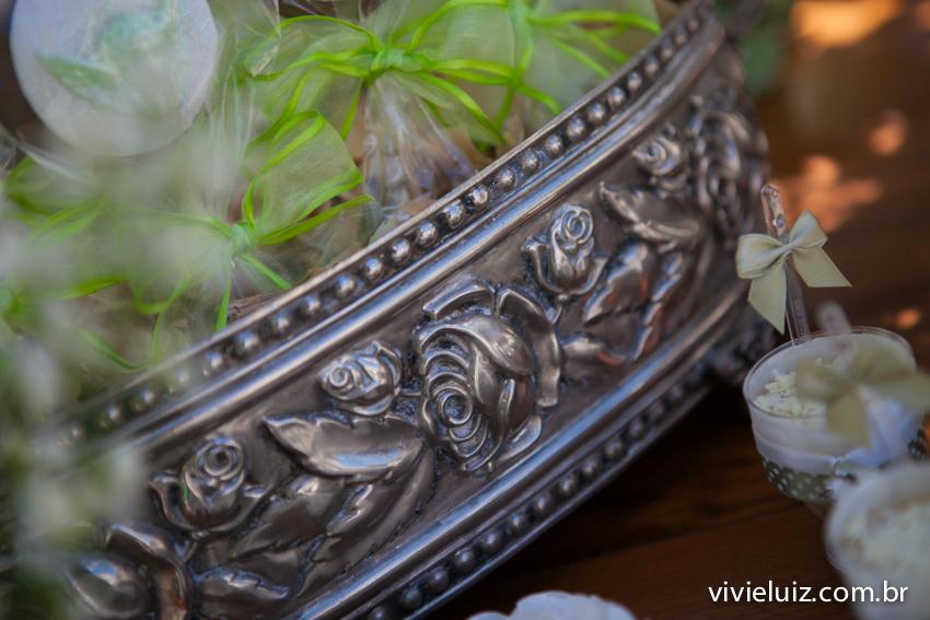 louça em prata da decoração