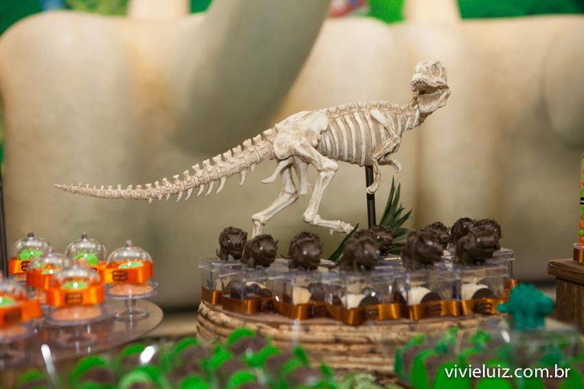 dinossauro decoração de jurassic park