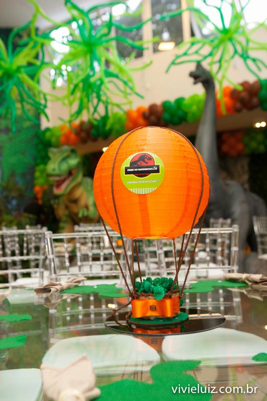 centro de mesa decoração de jurassic park