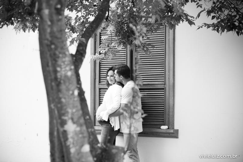beijo apaixonada da gravida