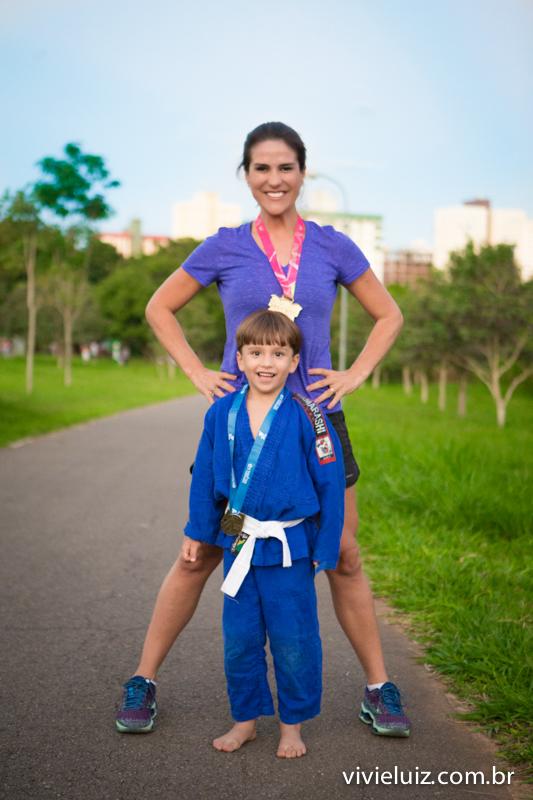 mae corredora e filho judoca