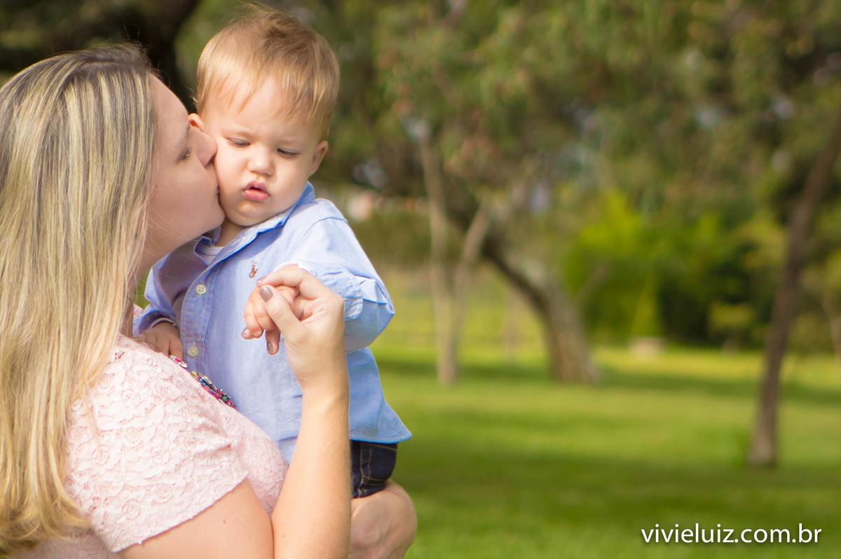 beijo de mae