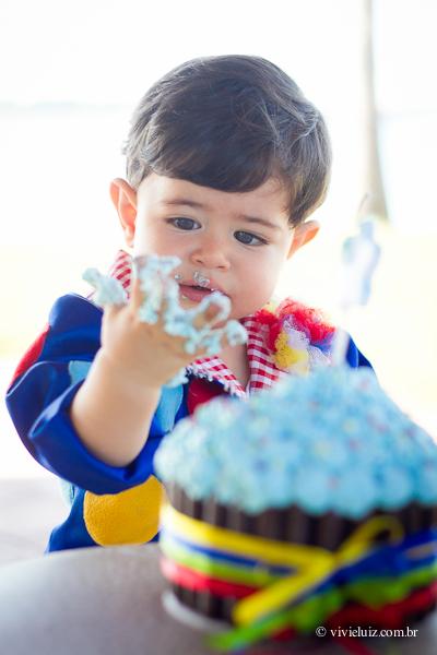 fotografia de familia e crianca por vivi e luiz fotografias em brasilia smash the cake