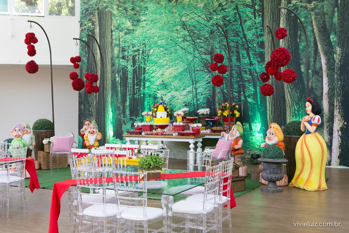 decoracao de festa infantil em brasilia com fotos da vivi e luiz fotografias branca de neve