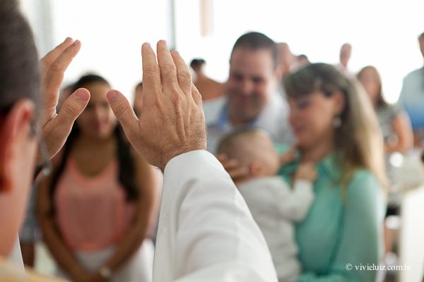 Mãos do padre
