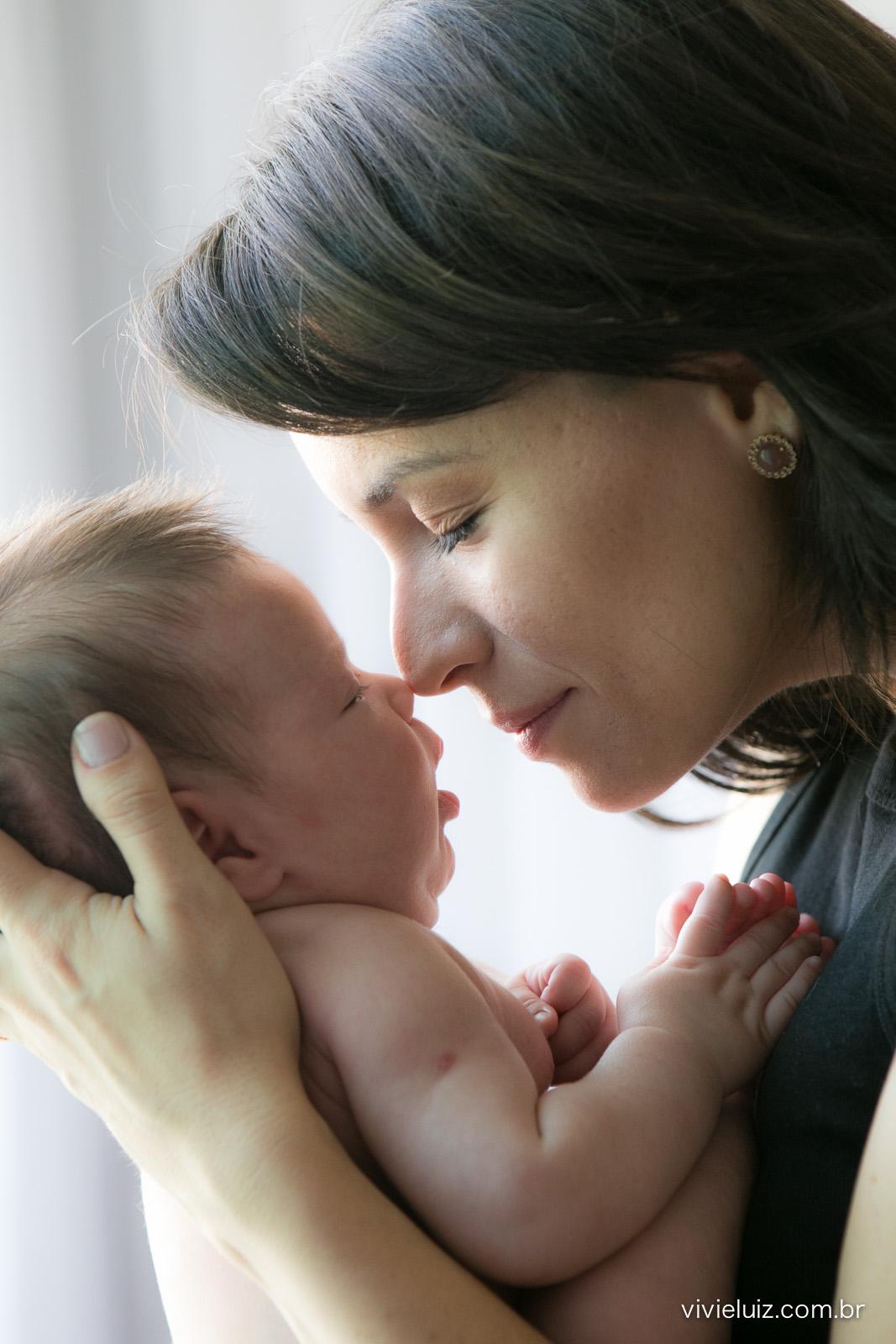 Nariz com nariz dar mãe e filho
