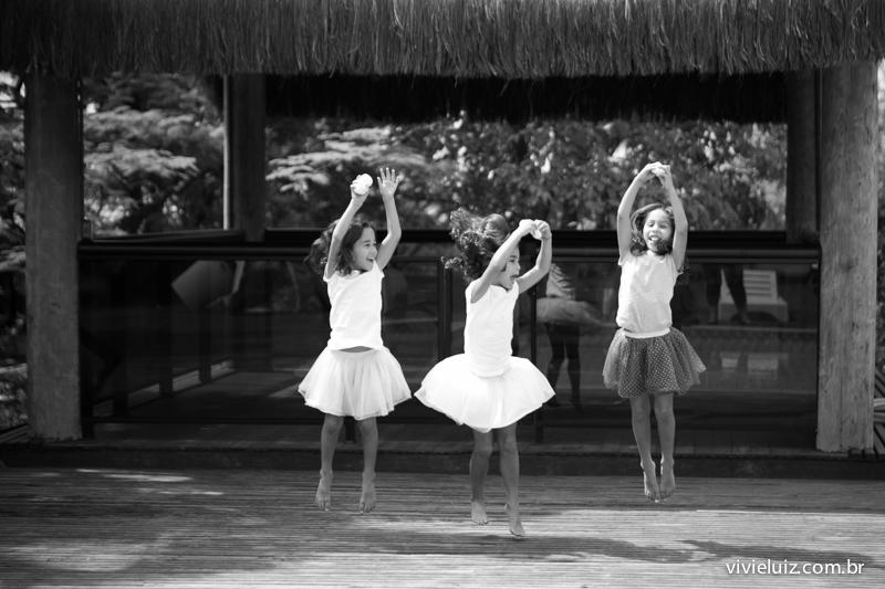 Trigêmeas dançarinas