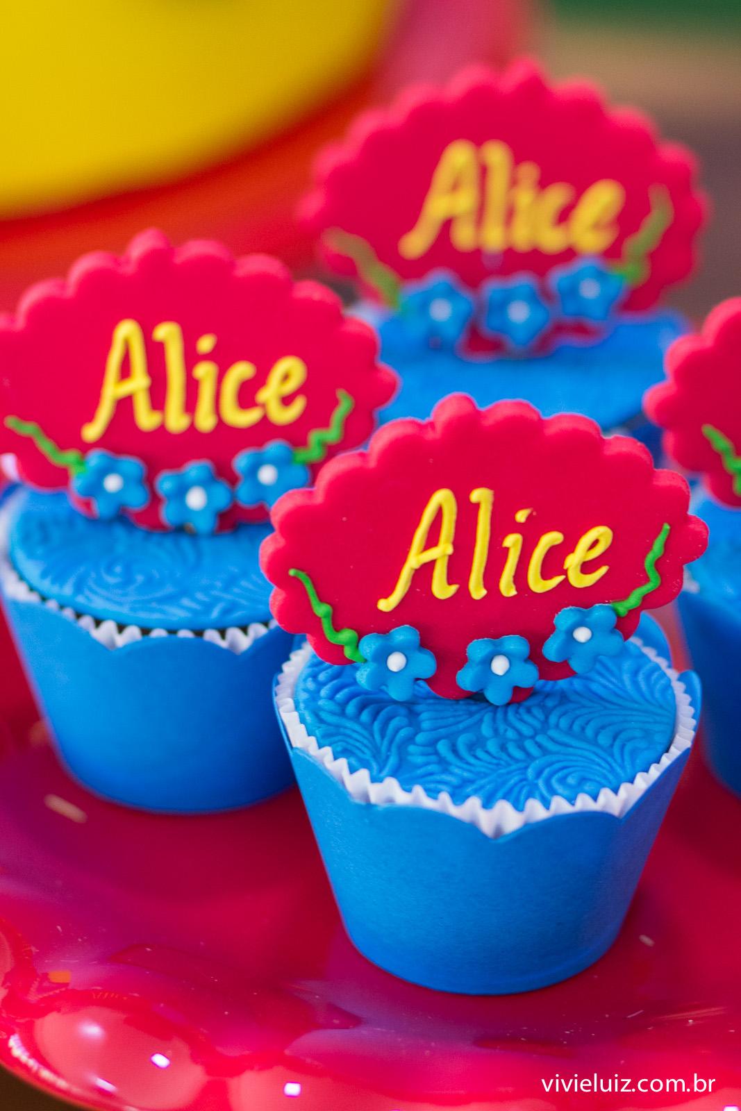 cure cake do aniversario da alice de branca de neve