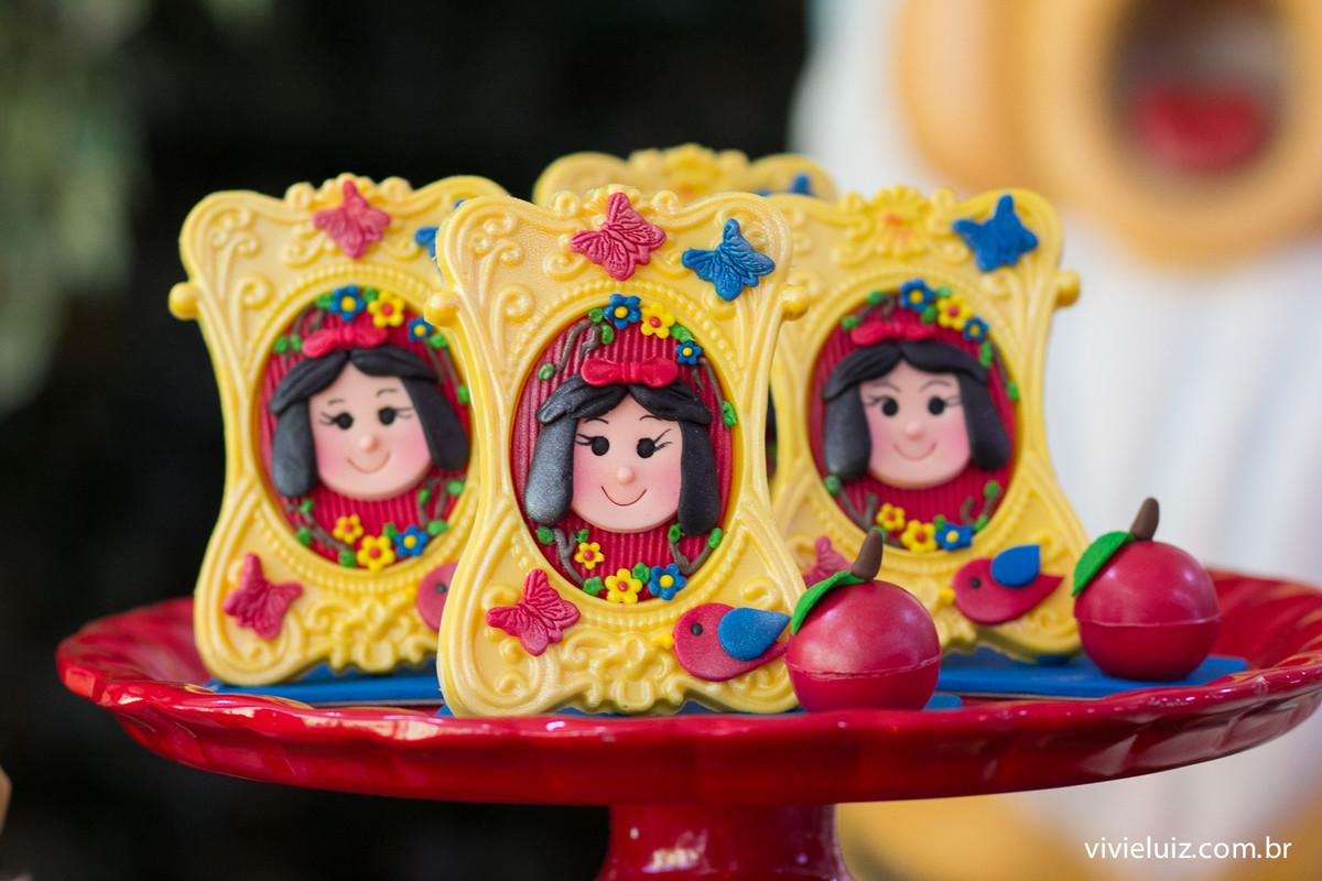 porta retrato de chocolate na decoracao de aniversario