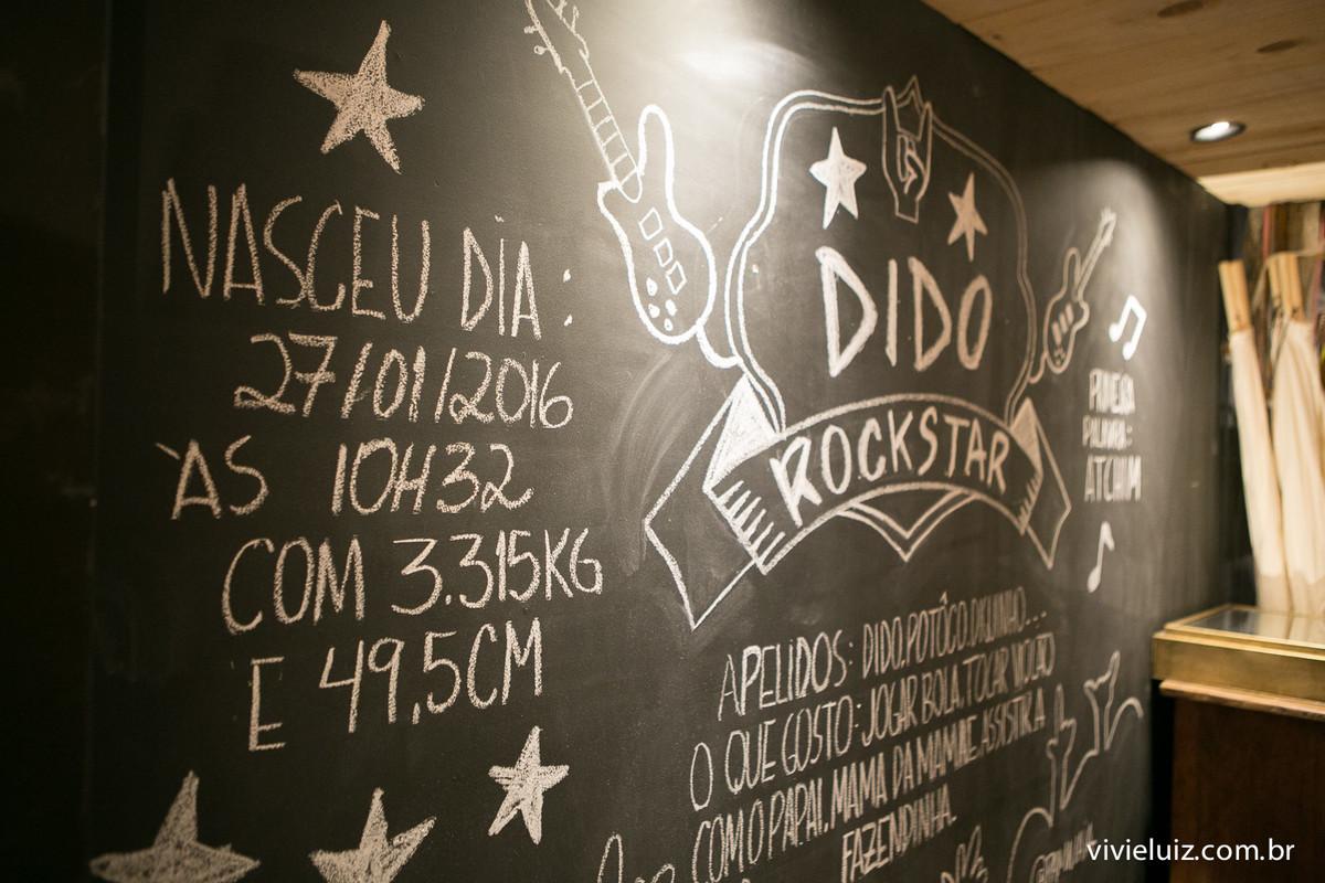 decoracao rock de festa infantil em brasilia com fotos da vivi e luiz fotografias no espaco marche
