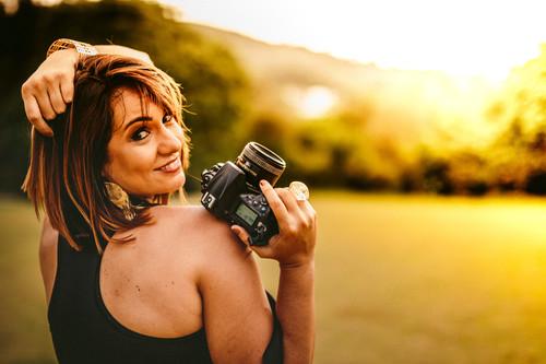 Sobre Raquel Fernanda- Fotógrafa infantil, de família, 15 anos e Ensaios femininos.  Juiz de Fora- MG