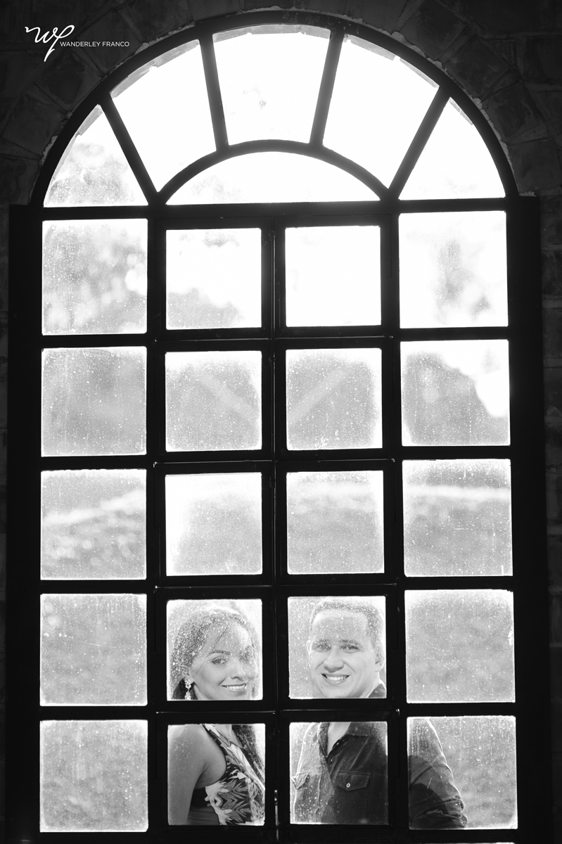 Namorando na janela