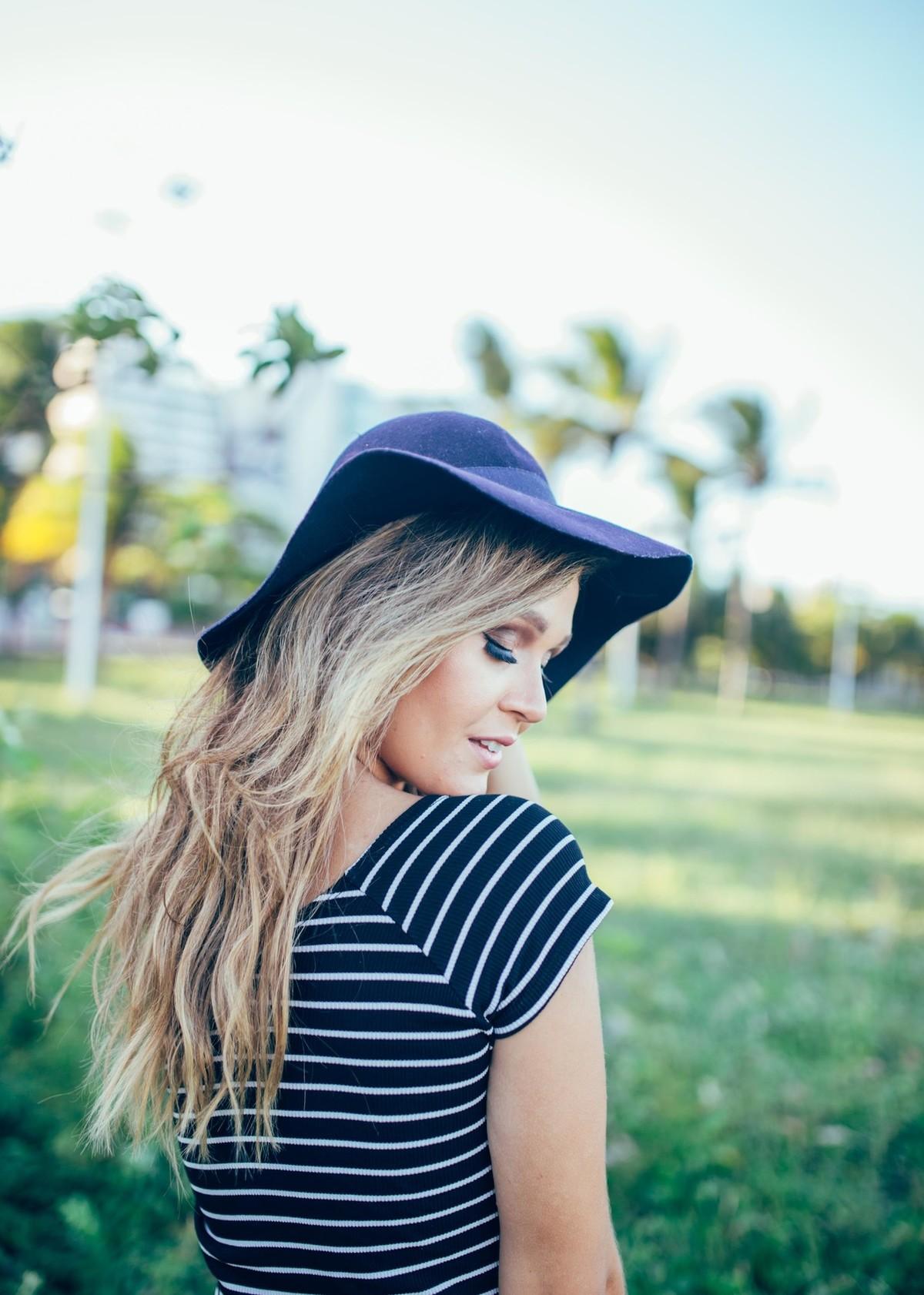 Moda vitoria editoral fashion capixaba fotos ensaio cute feminina look dia beauty girls make-up hair ensaio feminine book ilha frade canoa havaiana moda