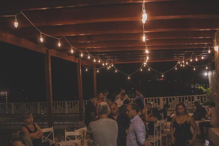 iluminação no casamento