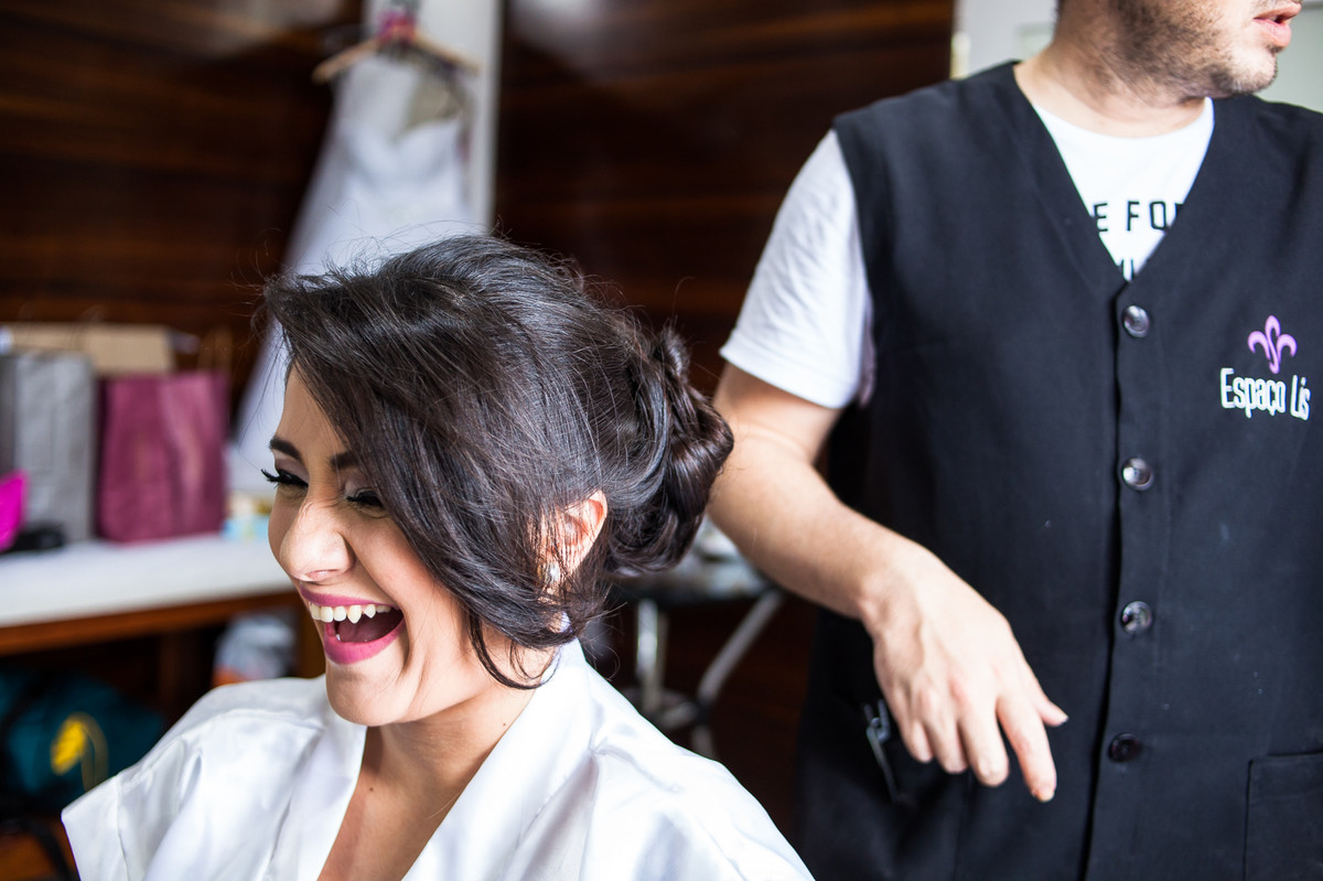 lindo sorrioso da noiva