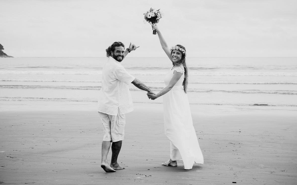 fotos na praia de casamento