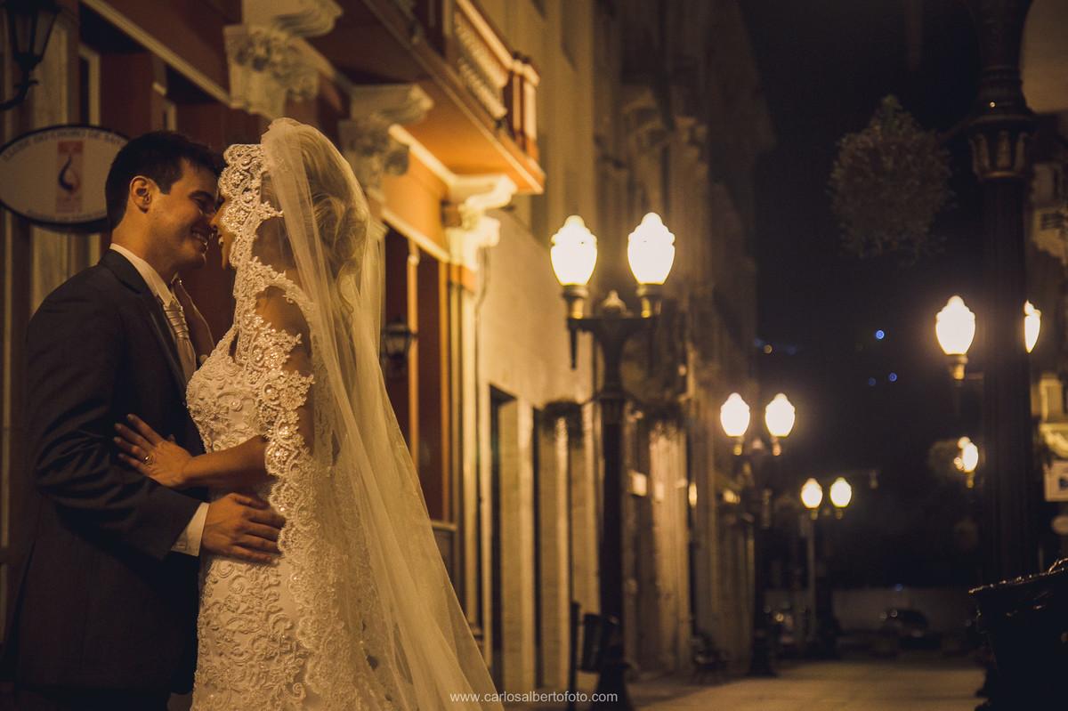 noivos na xv de novembro
