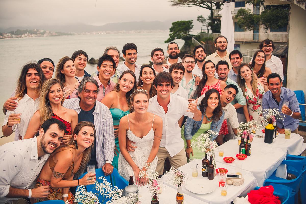 todo mundo e os noivos