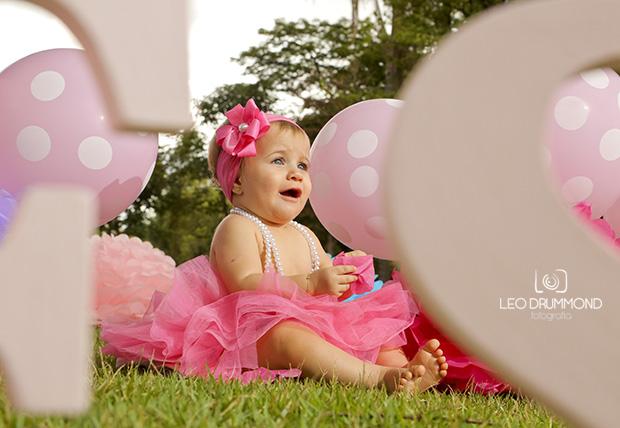 foto de criança em Sete Lagoas, fotógrafo de criança em Sete Lagoas, Smash The Cake em Sete Lagoas, menina, menino, princesa, aniversário de crinaça, fotos de aniversário, fotógrafo de aniversários,