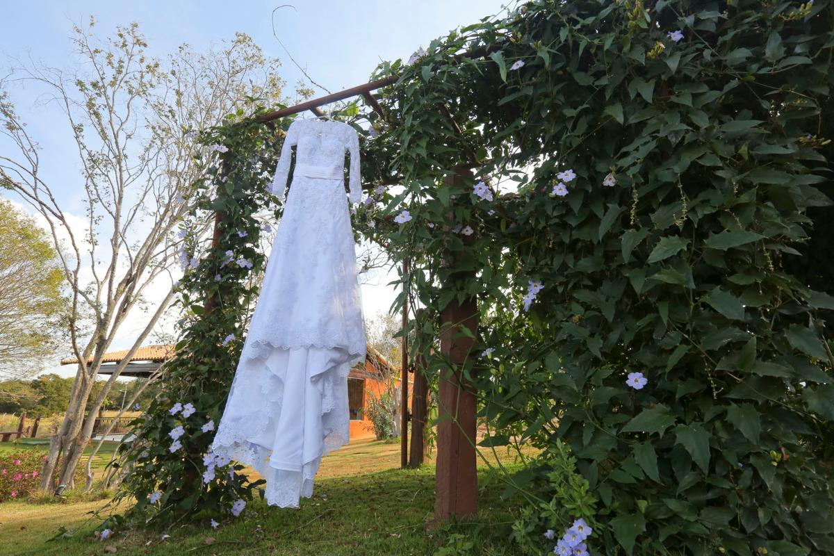 sabrina, tiago, casamento, jardim das macaubas, funilandia, casamento ao ar livre, vestido
