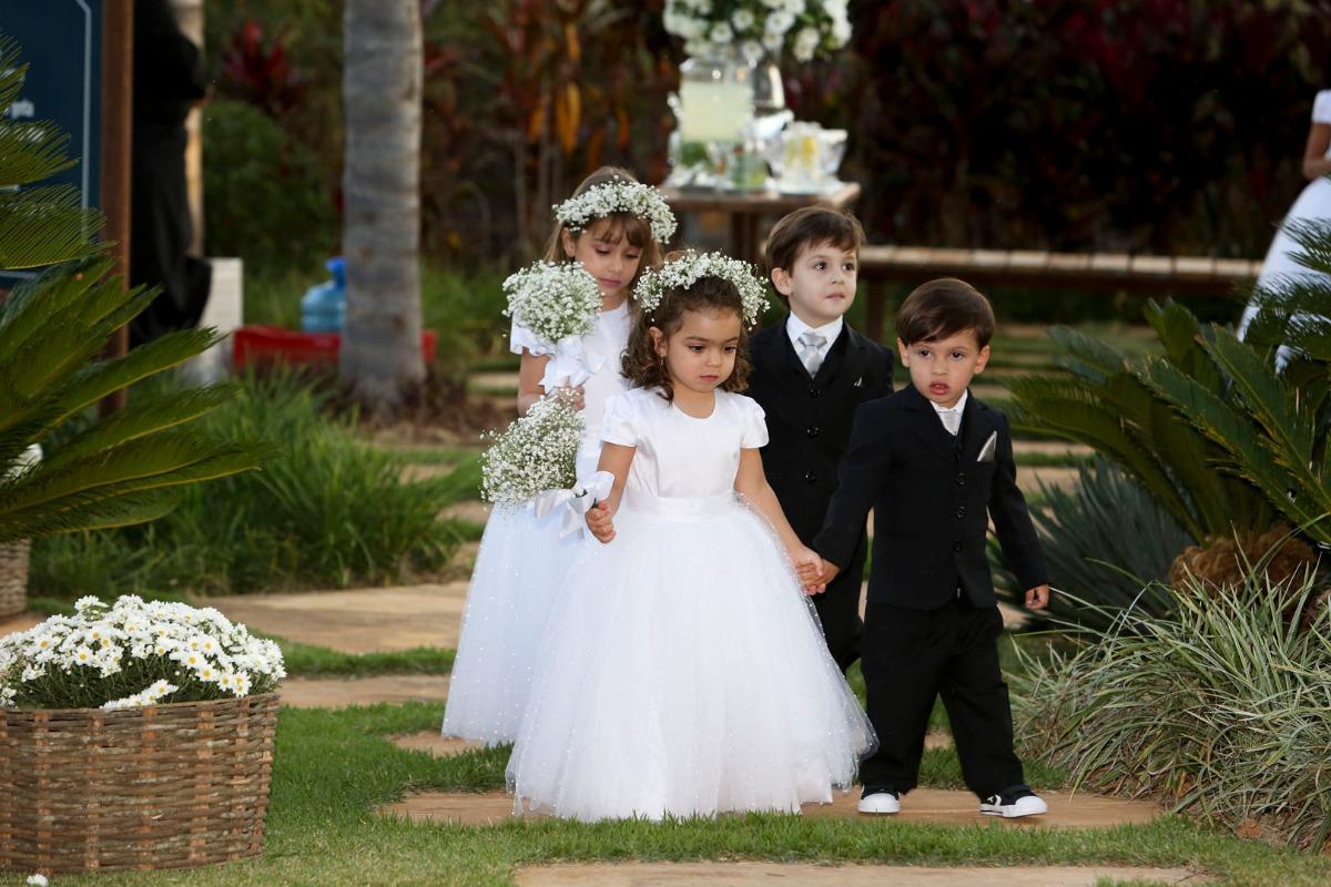 sabrina, tiago, casamento, jardim das macaubas, funilandia, casamento ao ar livre, wedding, leo drummond, pagens e damas