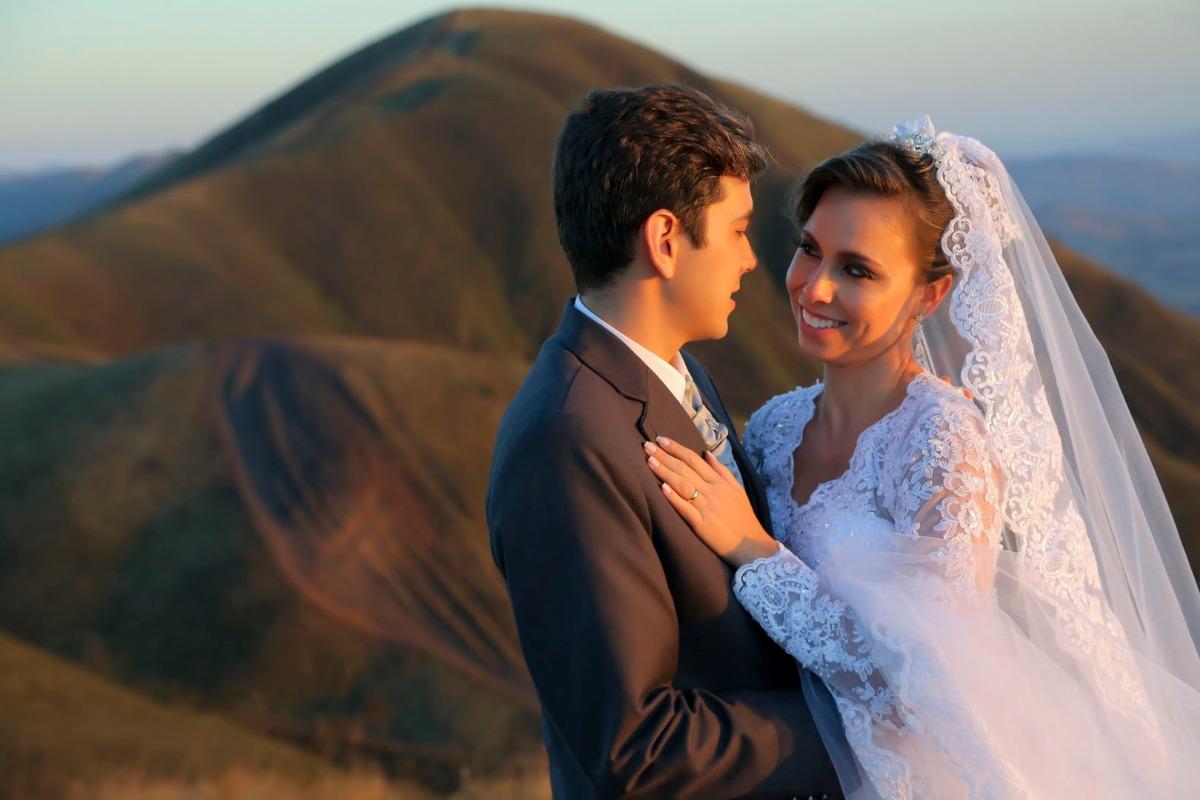 sabrina, tiago, casamento, jardim das macaubas, funilandia, casamento ao ar livre, wedding, leo drummond, topo do mundo